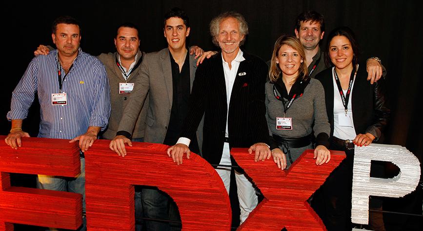 De Izquierda a Derecha: Federico Astiz – Gastón Machala – Pablo Lamaison, Boy Olmi, Giselle Della Mea, Nicolás Sánchez y Delfina Zagarzazú.