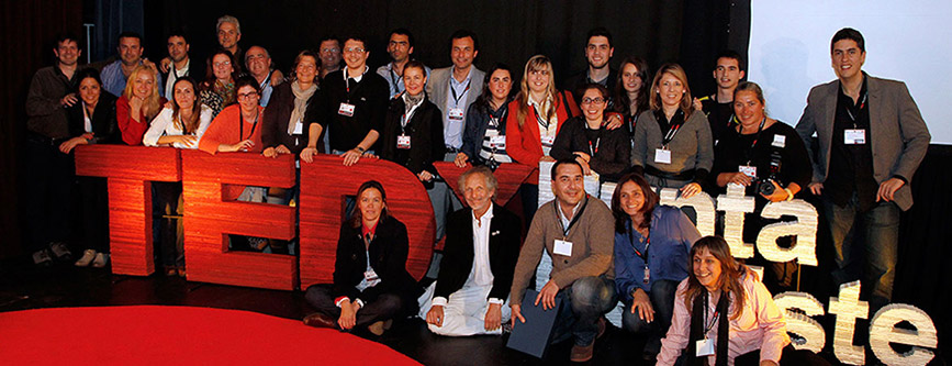 Organizadores y Equipo de Voluntarios TEDxPuntaDelEste 2013